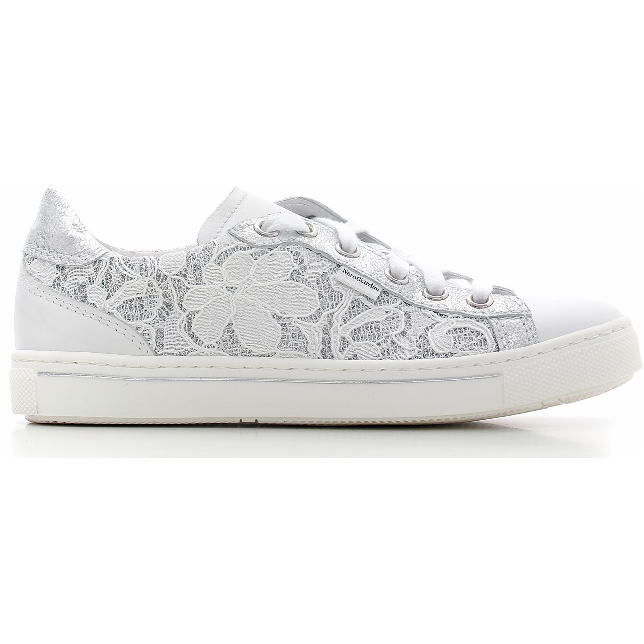 chaussure adidas femme toile dentelle